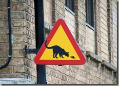 cat-and-mouse-sign