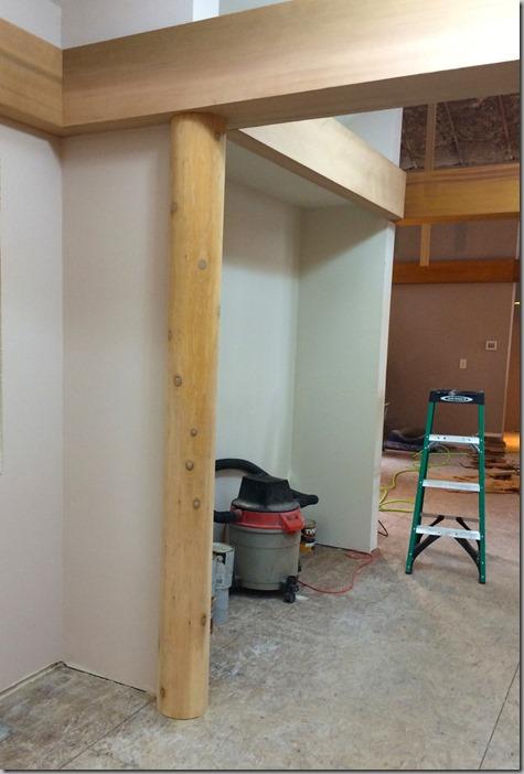 Three-Quarter Post in Entryway