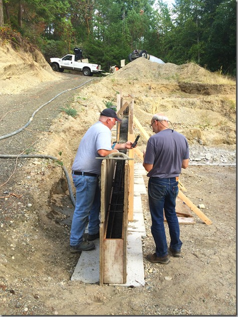 Pouring Retaining Wall 9-24-15