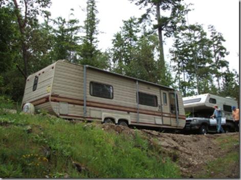 Placing trailer -- 05-14-05 005